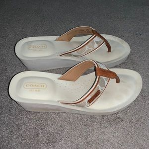 Coach Size 8.5 Off White Wedge Flip Flops